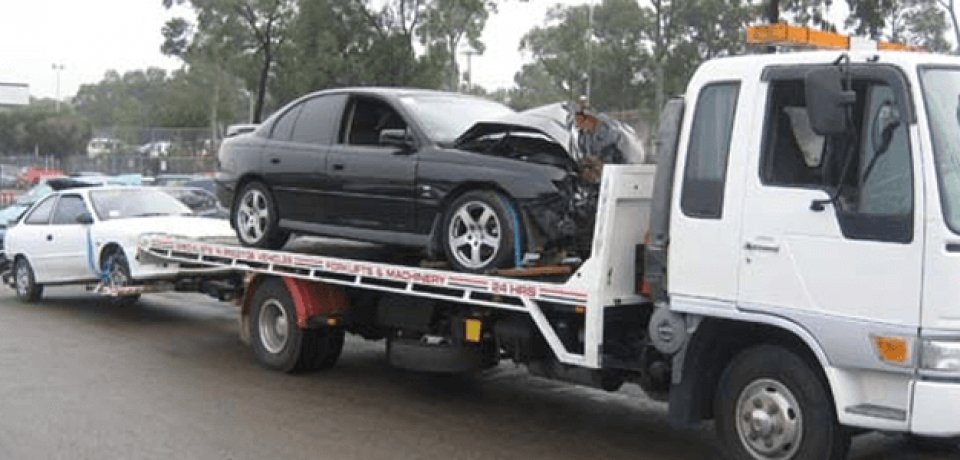 The Benefits of Using Reliable Car Removal Services
