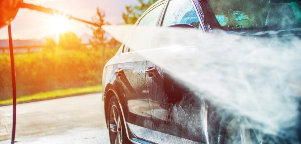 How to Maintain the standard of a Mobile car washing Service?
