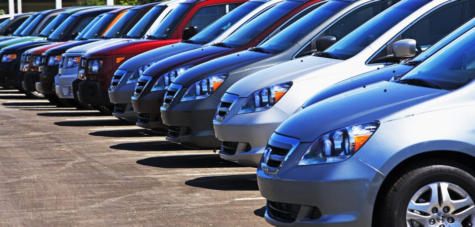 Top 4 Benefits of Buying Pre-Owned Cars